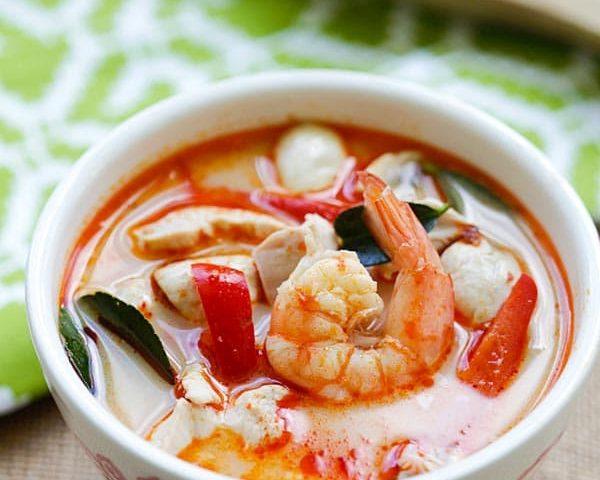 Cách làm súp tôm thịt nước dừa kiểu Thái ngon không cưỡng nổi - 1